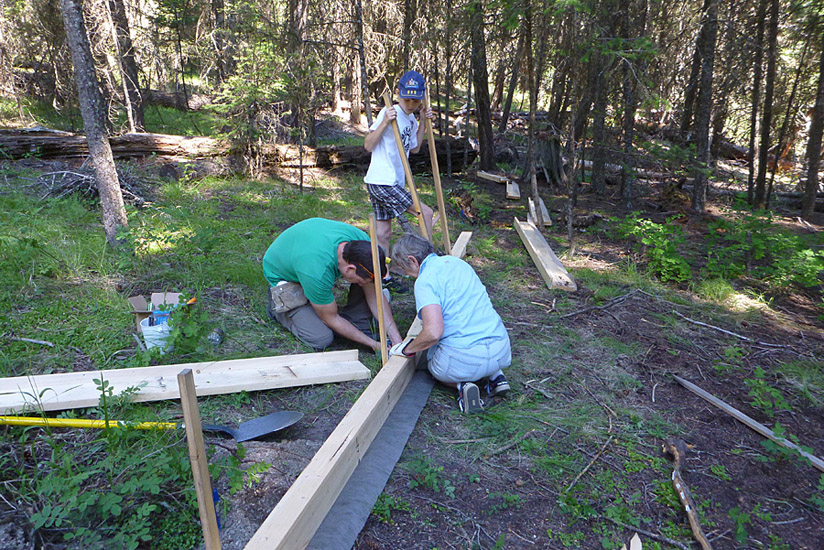 Nicola Naturalist Society volunteers building the toadlet fence at Kentucky-Alleyne Provincial Park, 10 July 2014.  Photo: Alan Burger
