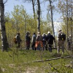 Learning about aspen groves - Harmon Interpretive Forest.  Photo: Alan Burger